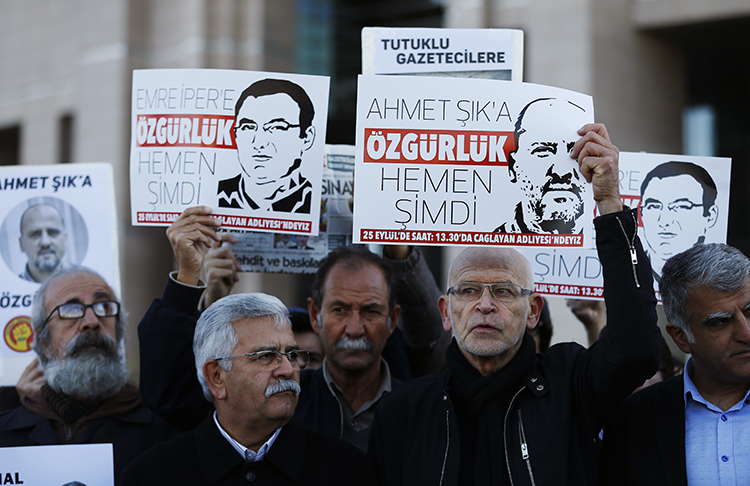 Record number of journalists jailed as Turkey, China, Egypt pay scant price for repression, by the Committee to Protect Journalists